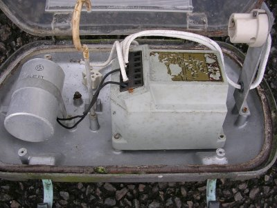 about myself a bth tapped ballast designed for use 45w 60w or 85w so sodium vapour lamps it is pictured inside a bth amber lantern dating from the late